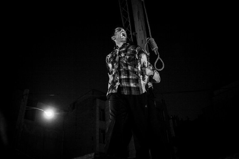 the last moment of life Sadegh (32) He was accused to kidnapping and raping to four women _ Tehran 2012 © Fatemeh Behboudi