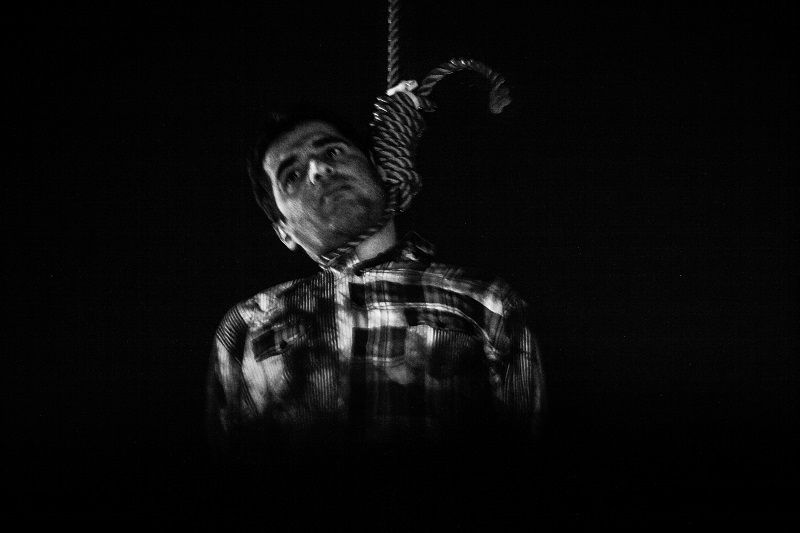 Execution of Sadegh (32) He was accused to kidnapping and raping to four women _ Tehran 2012 © Fatemeh Behboudi