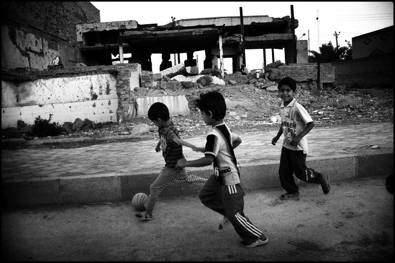 children are playing infront of Hoveyda house . Mr hoveyda was Prime Minister of Shah of ira © Fatemeh Behboudi