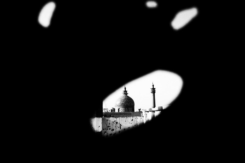 over 80% of the city's infrastructures were fully destroyed but the city's Great Mosque was among the few places which remained. safe during the war and was turned into the city's symbol of resistance © Fatemeh Behboudi