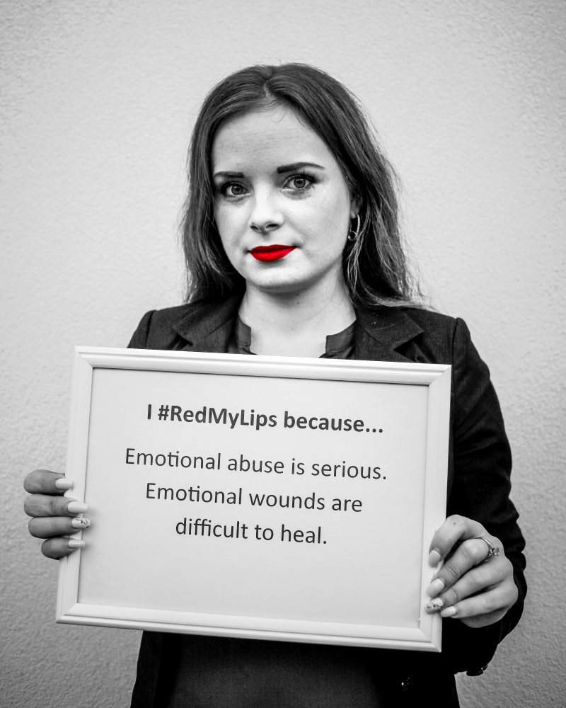 Abuzul emoțional este grav. Rănile...