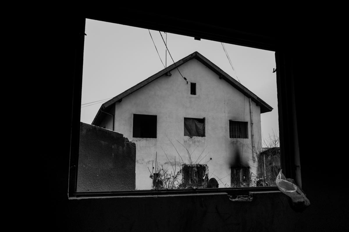 Art and Documentary Photography - Loading paolo-mandelli-belgrado-5.JPG