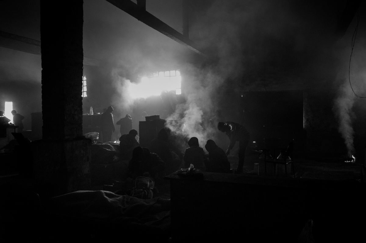 Art and Documentary Photography - Loading paolo-mandelli-belgrado-8.JPG
