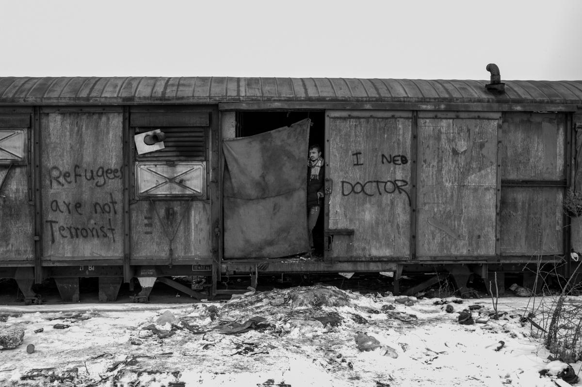 Art and Documentary Photography - Loading paolo-mandelli-belgrado-17.JPG