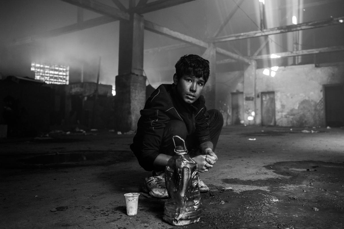Art and Documentary Photography - Loading paolo-mandelli-belgrado-21.JPG