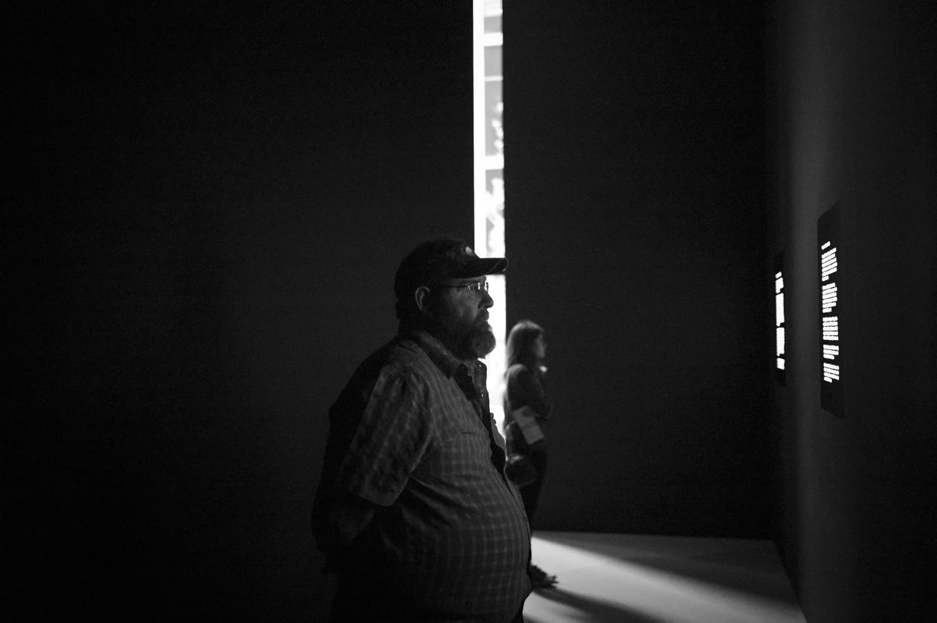 Art and Documentary Photography - Loading MOMA201514D0003.JPG
