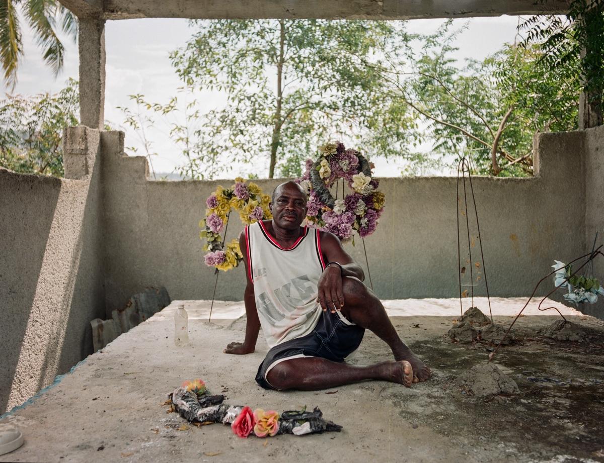 Art and Documentary Photography - Loading Letombeau-6.jpg