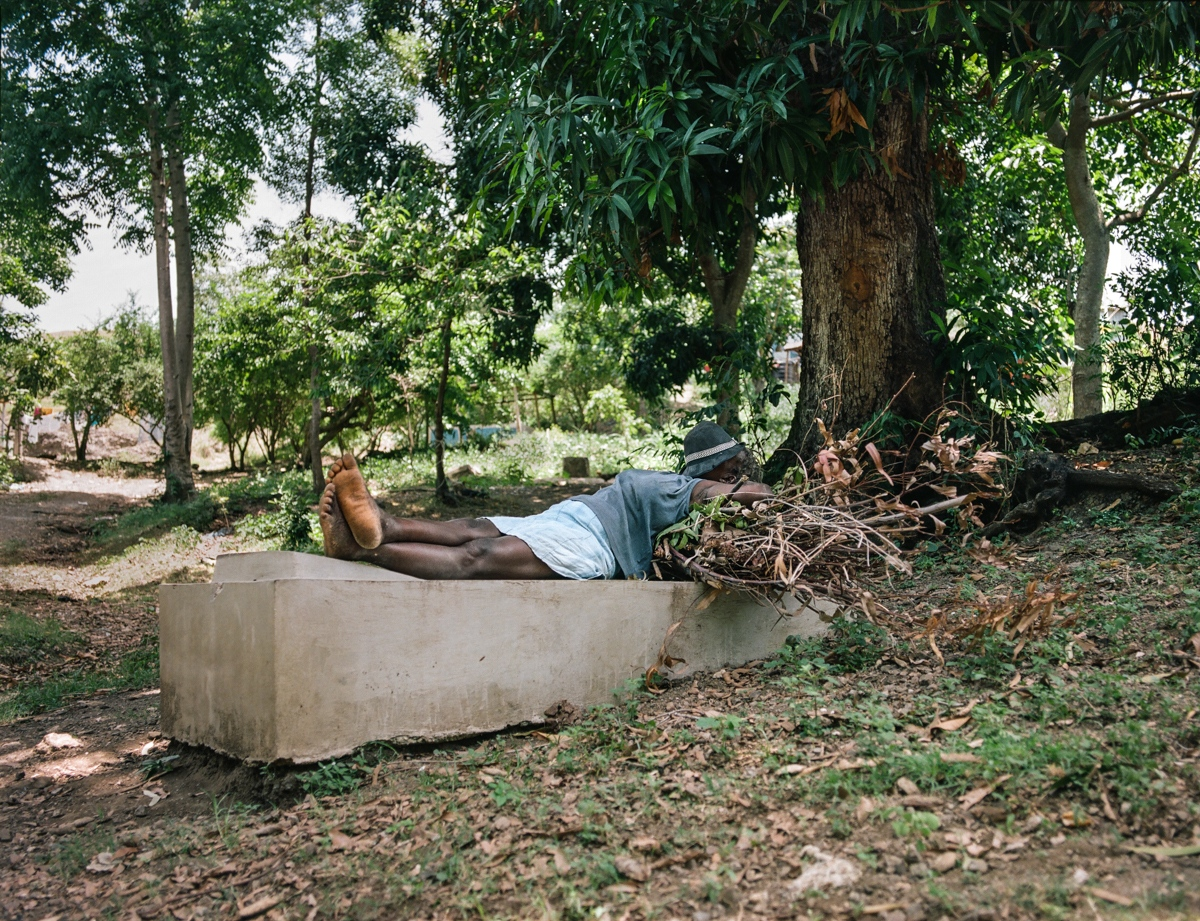 Art and Documentary Photography - Loading Letombeau-13.jpg