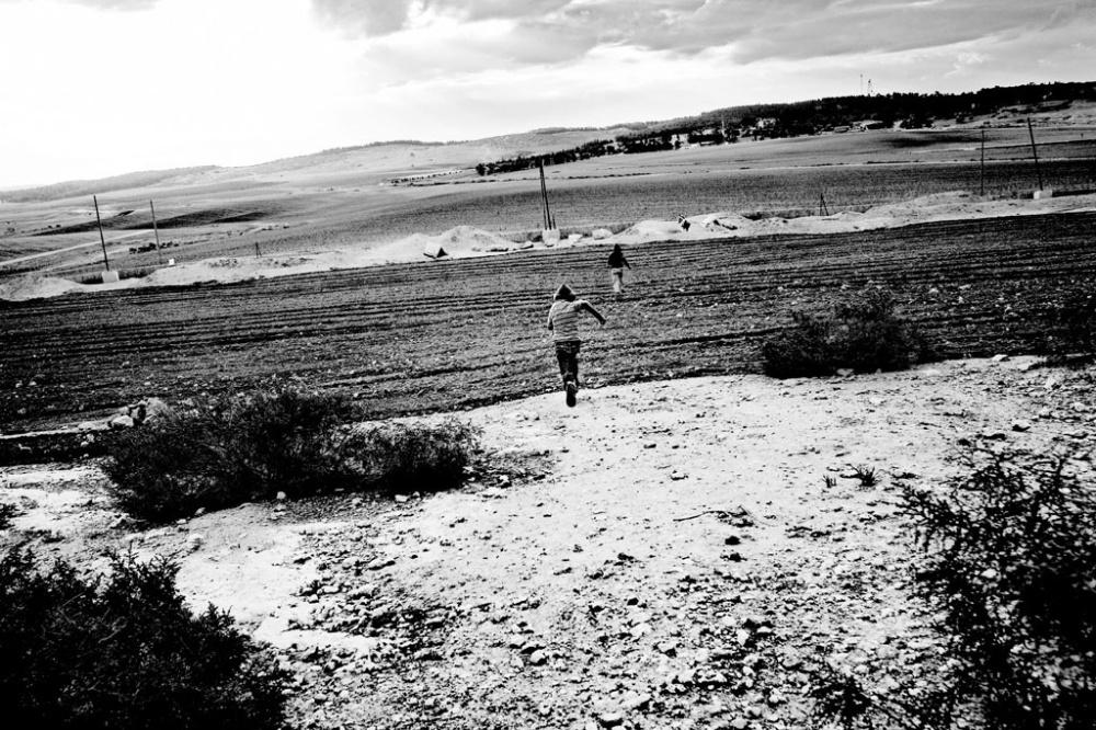 Art and Documentary Photography - Loading Gutman_01.jpg