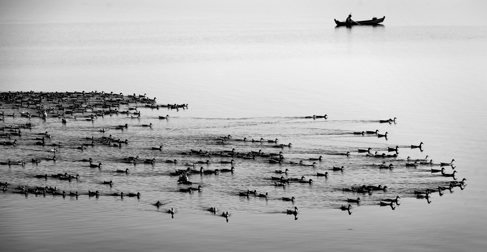 Photography image - Lake in Mandalay (Myanmar)