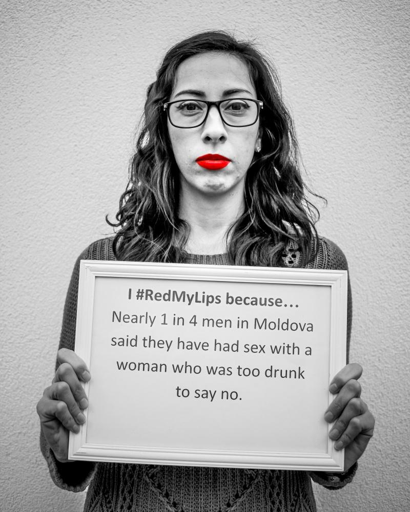 Eu susțin #redmylips, deoarece… aproape 1...