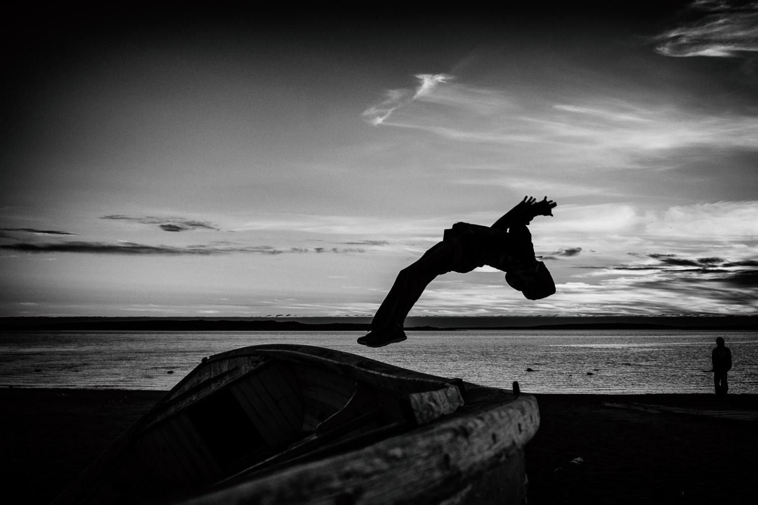 Art and Documentary Photography - Loading Inukjuak-8.jpg