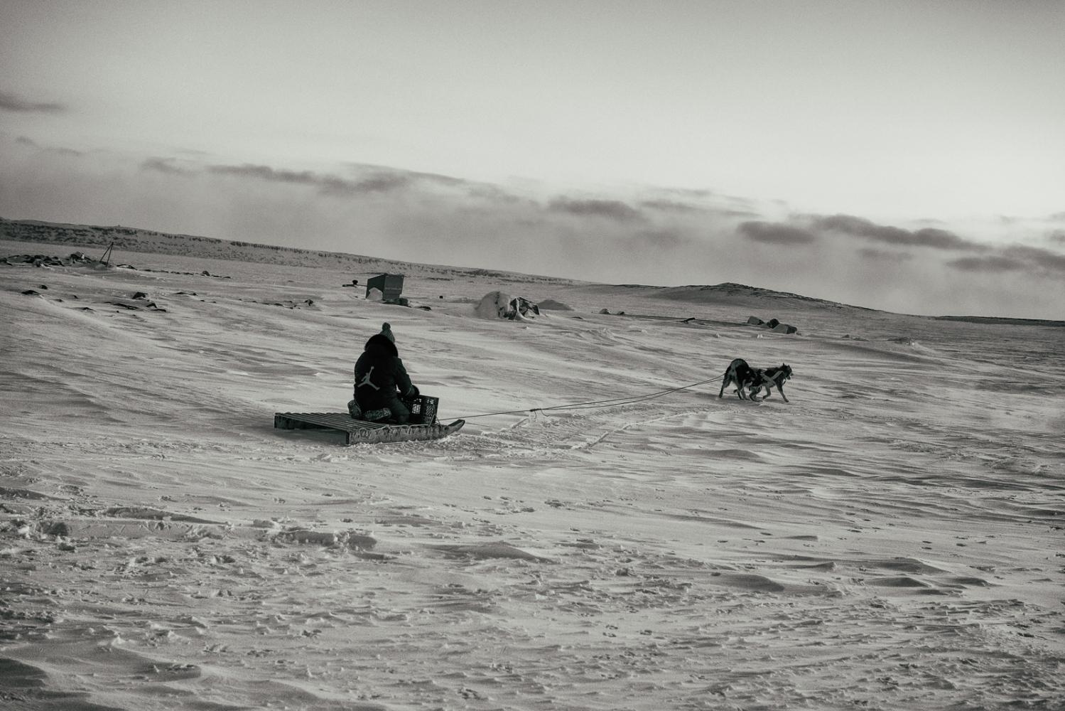 Art and Documentary Photography - Loading Inukjuak-13.jpg