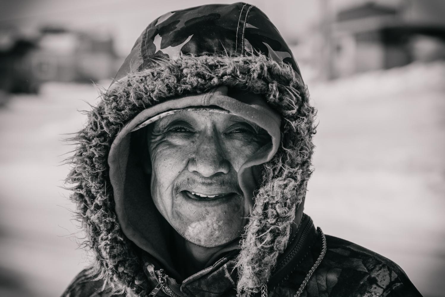Art and Documentary Photography - Loading Inukjuak-14.jpg