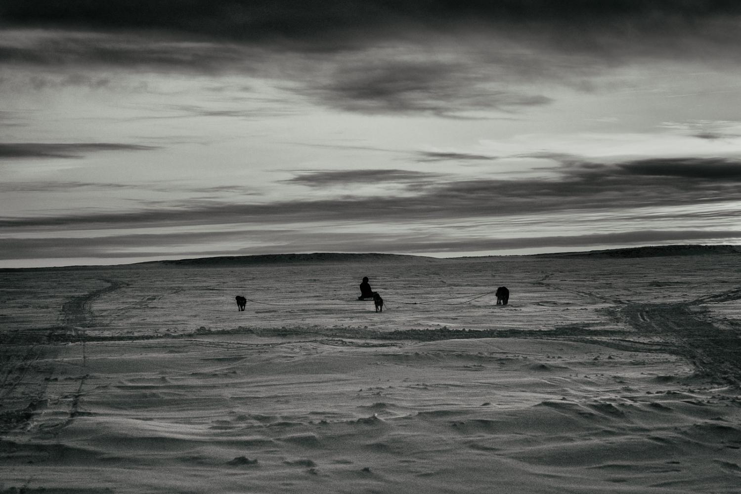 Art and Documentary Photography - Loading Inukjuak-15.jpg