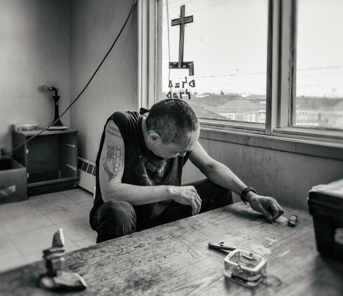 Art and Documentary Photography - Loading Inukjuak-16.jpg