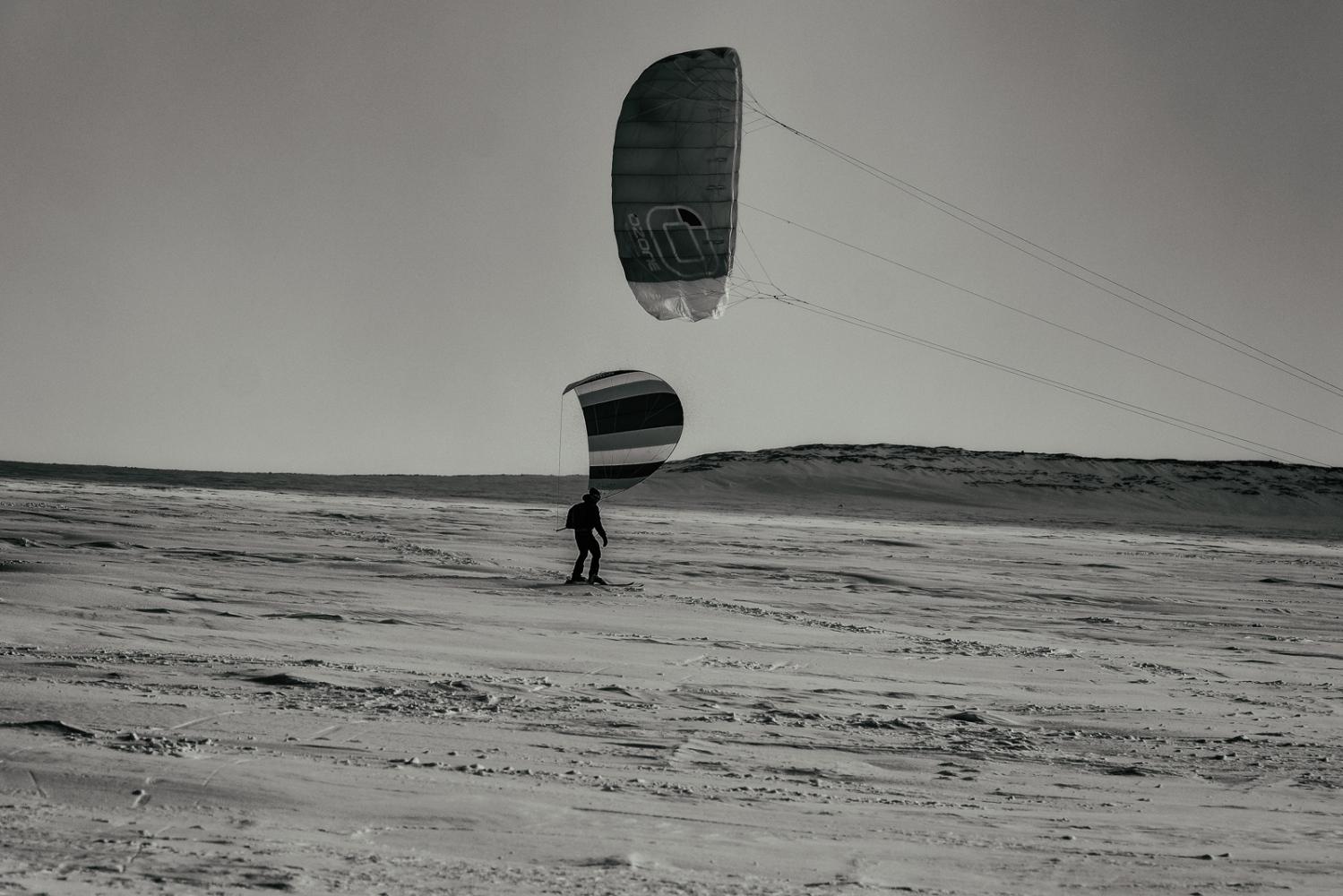 Art and Documentary Photography - Loading Inukjuak-18.jpg