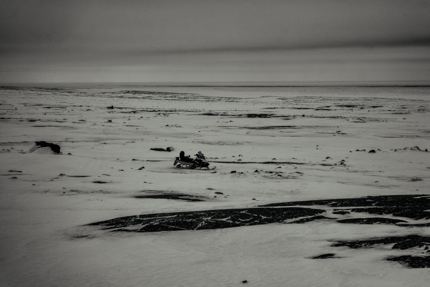 Art and Documentary Photography - Loading Inukjuak-19.jpg