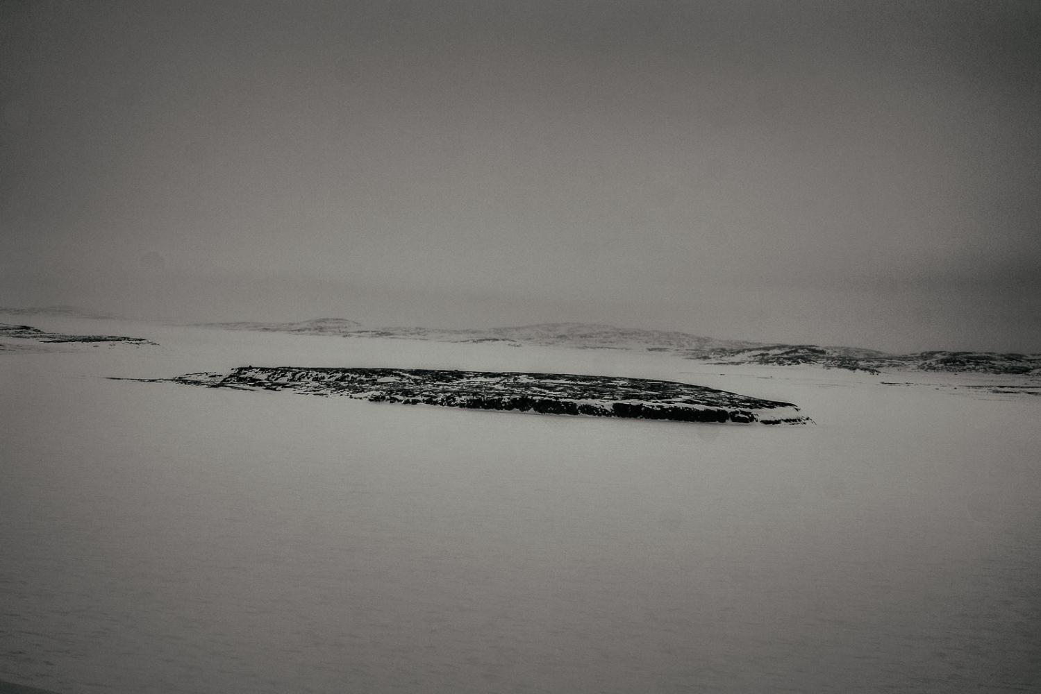 Art and Documentary Photography - Loading Inukjuak-20.jpg