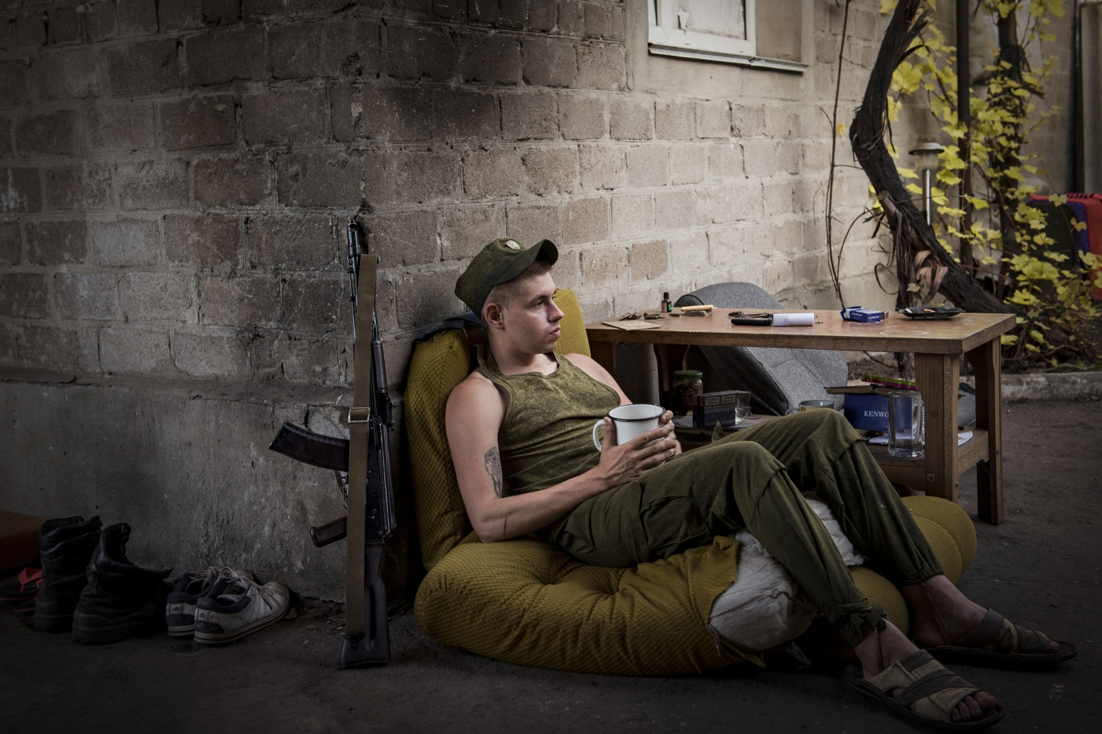 Art and Documentary Photography - Loading Donbass_stories_-_Max_02.jpg