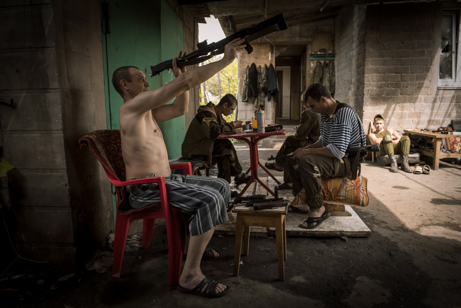 Art and Documentary Photography - Loading Donbass_stories_-_Max_08.jpg