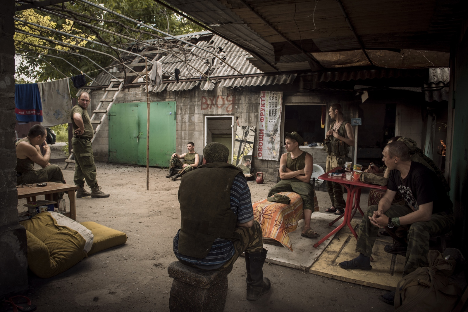 Art and Documentary Photography - Loading Donbass_stories_-_Max_26.jpg