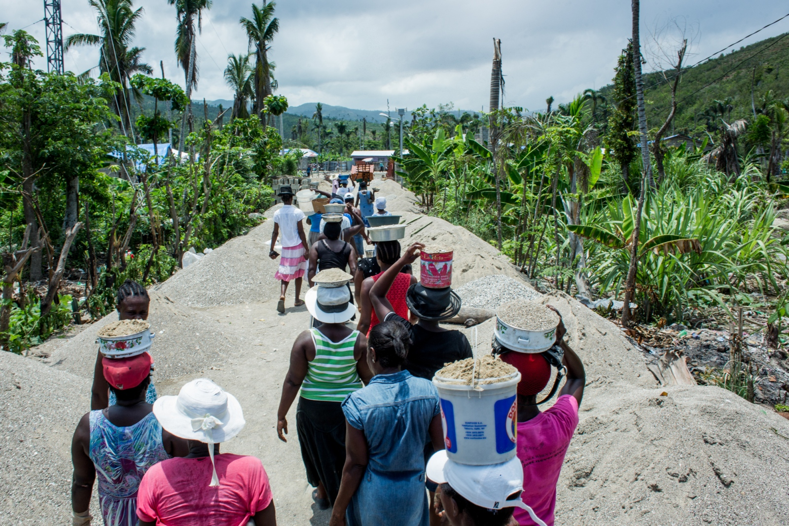 Art and Documentary Photography - Loading UNDP-HT-Disaster-recovery-63.JPG