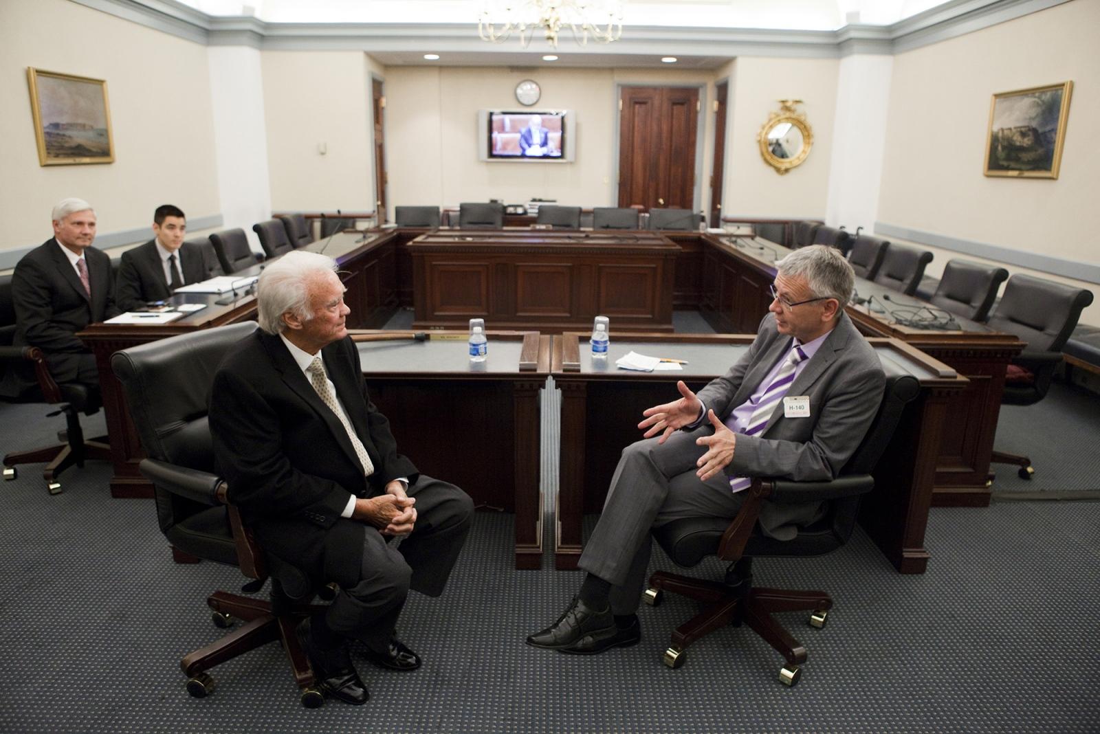 Senator Thad Cochran talks withLord Mayor Dr. Klaus Weichel ofKaiserslautern, Germany.