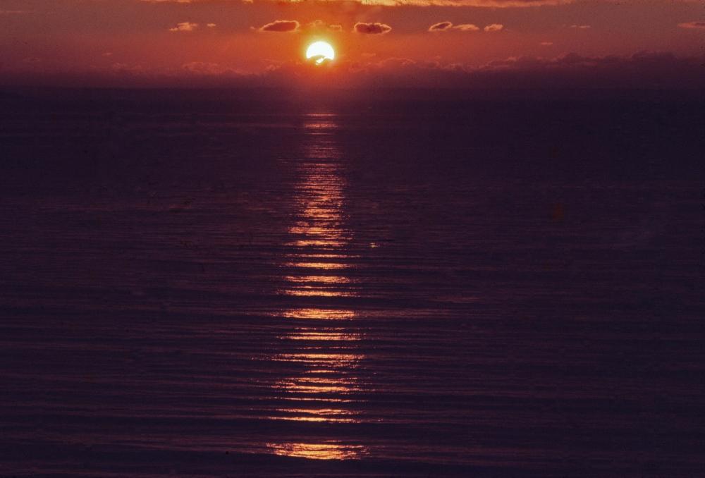 Photography image - Loading sunset_mailibu_1980_.jpg