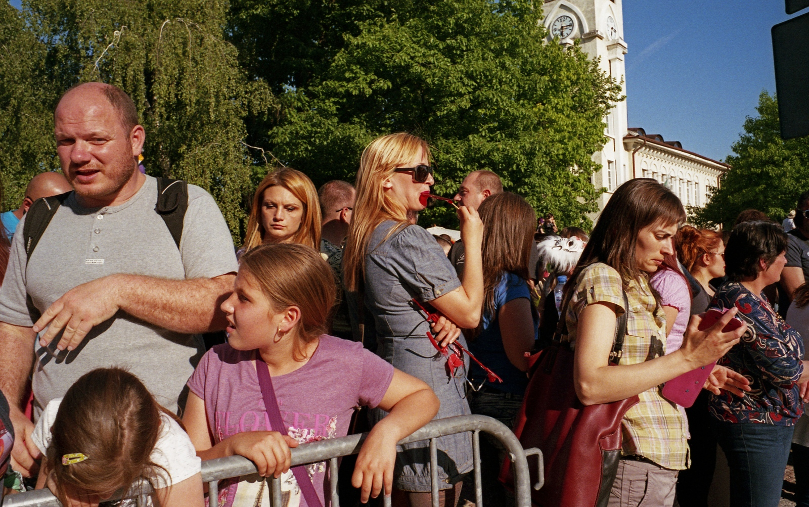 Art and Documentary Photography - Loading carnival_24.jpg