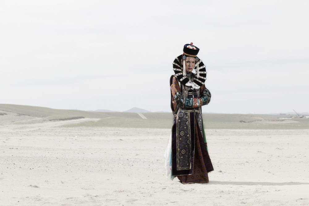 Naaram, dressed with a traditional mongolian queen dress