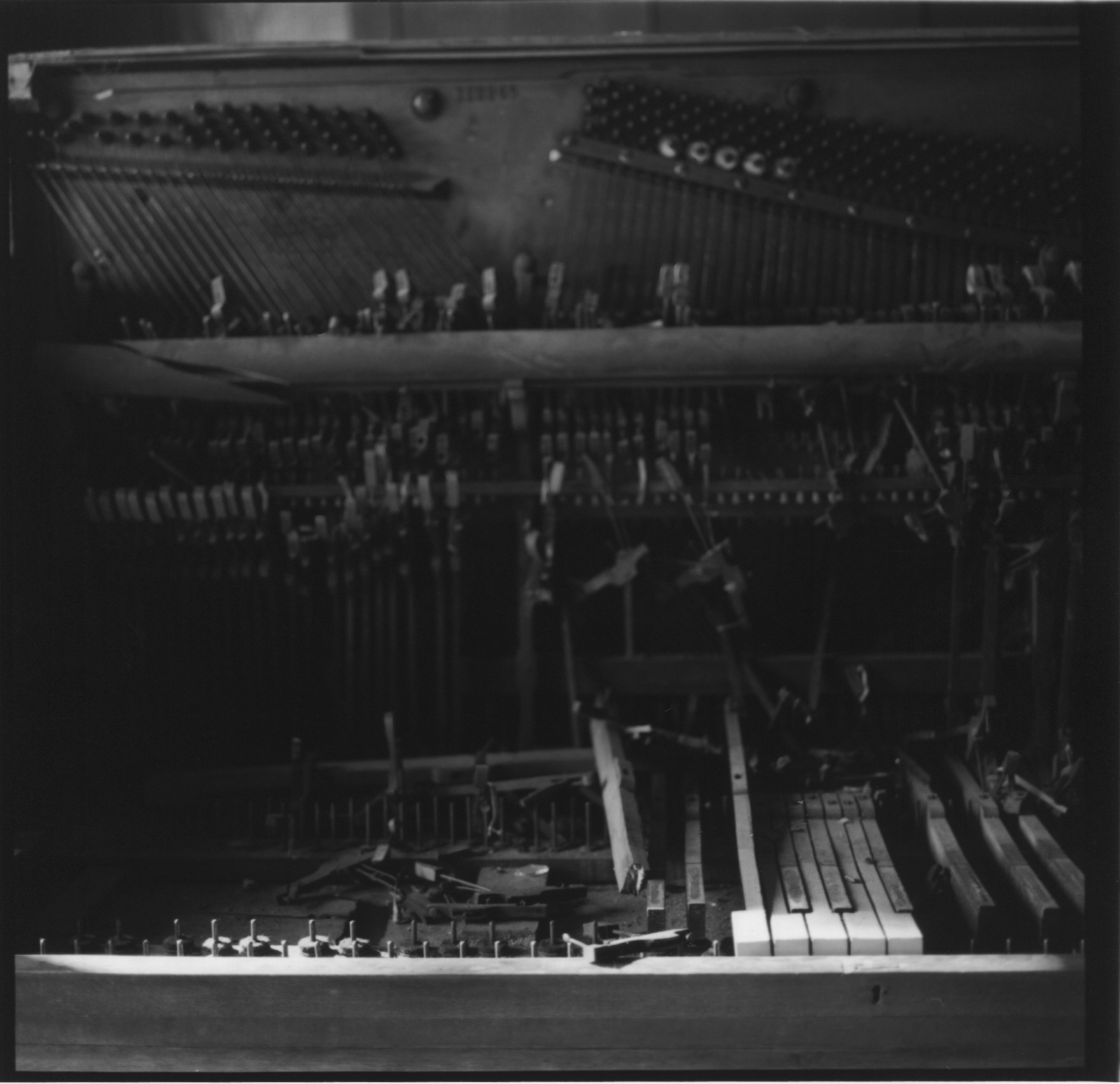 Art and Documentary Photography - Loading Stonewall_Piano__1.24.16.jpg