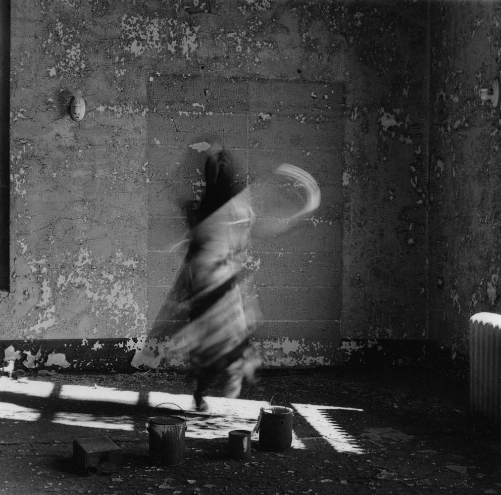 Art and Documentary Photography - Loading 9_Ellis_Island_Self-Portrait_1988_.jpg