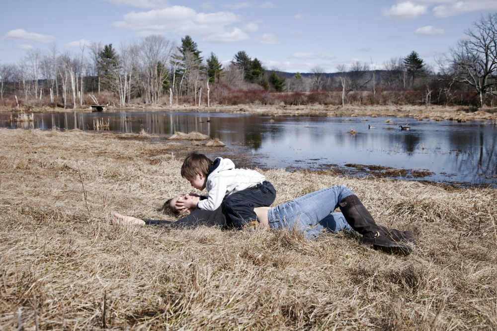 Art and Documentary Photography - Loading 12_Field Kiss.jpg