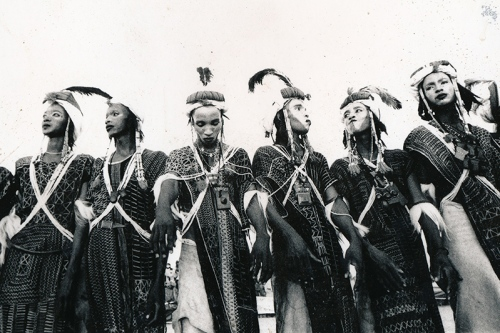 Woodabe dancers. Ingall, Niger, 2013. ©Laeïla Adjovi