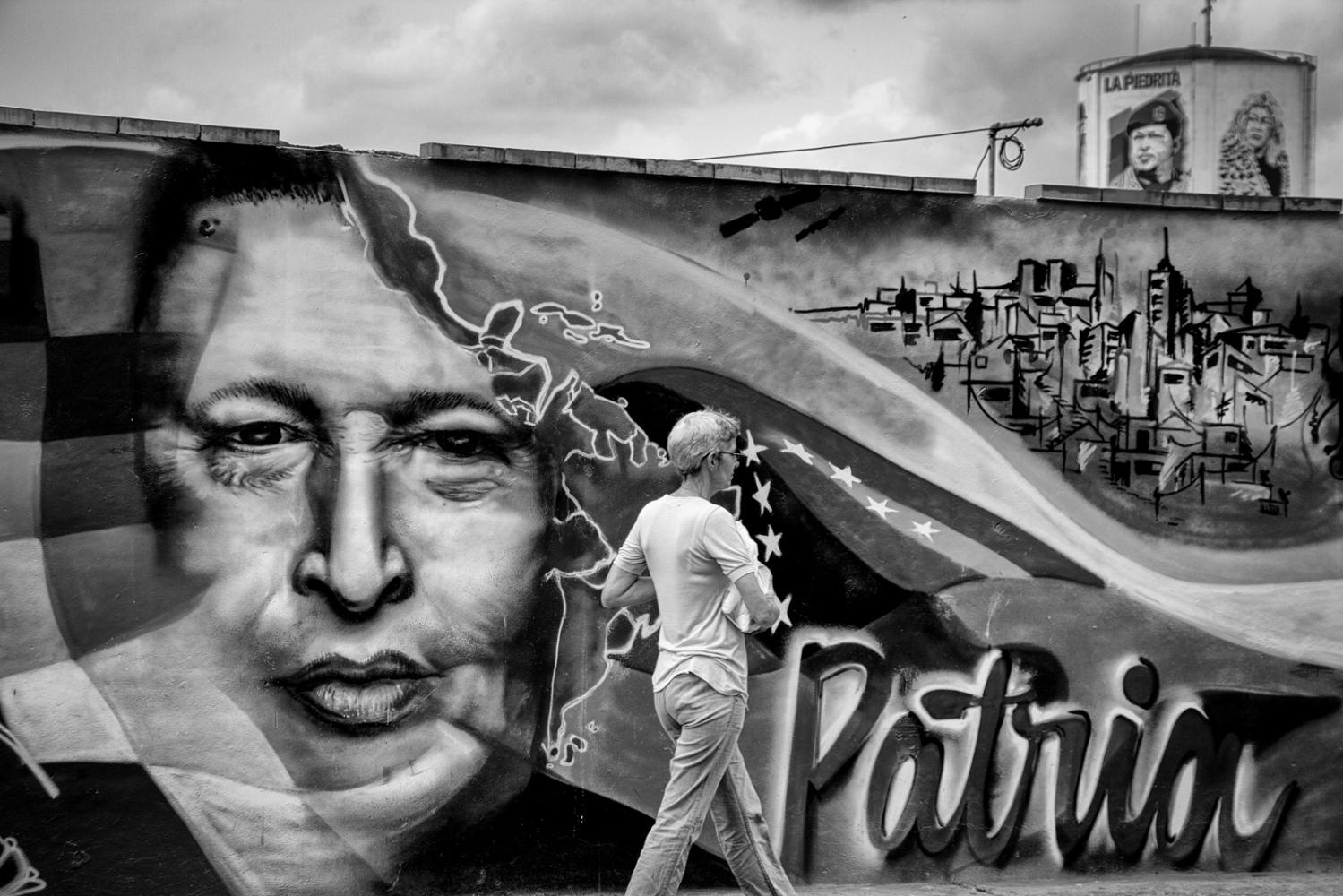 23 de Enero neighborhood is the bastion of Chavism. Here is Cuartel de la Montaña , that hosts the corpse of President Chávez.