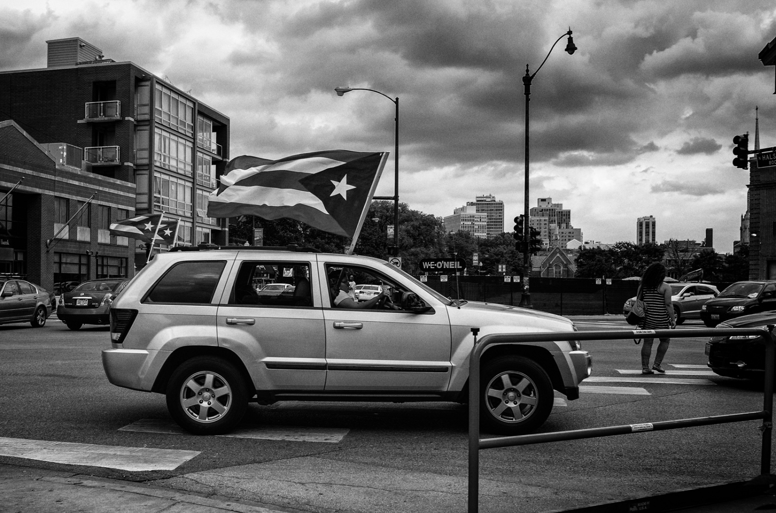 Car with Puerto Rican flags, Halsted and Fullerton, Chicago 2017