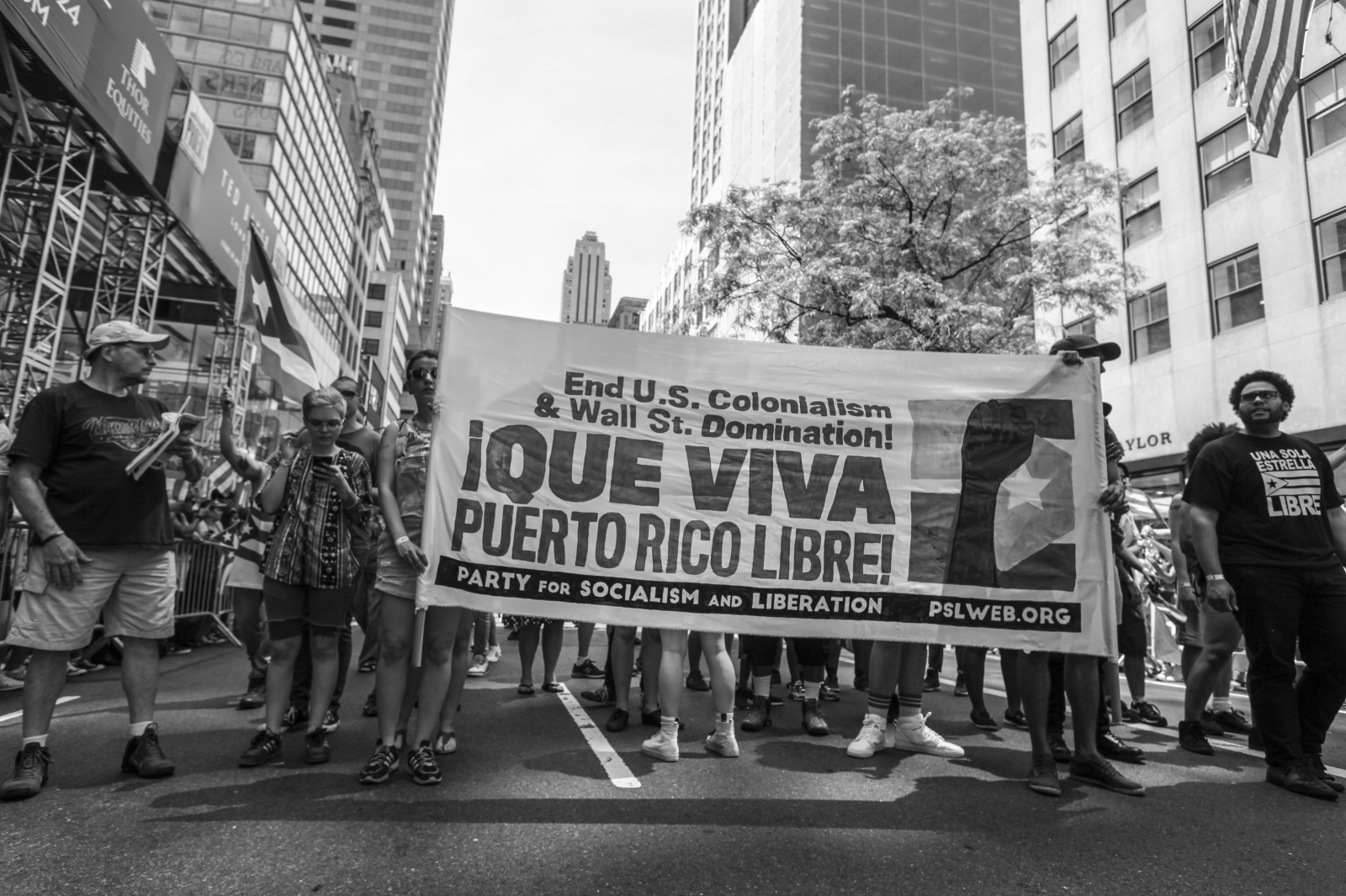 Art and Documentary Photography - Loading Puertorrican_Parade_43.jpg