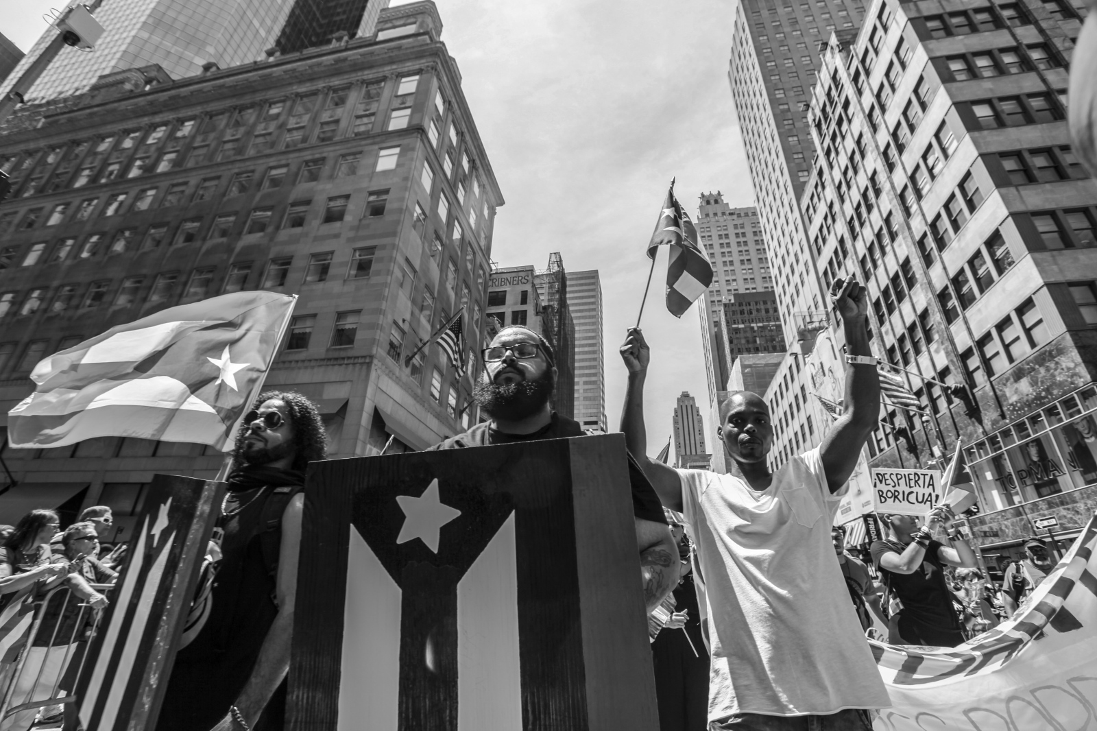 Art and Documentary Photography - Loading Puertorrican_Parade_64.jpg