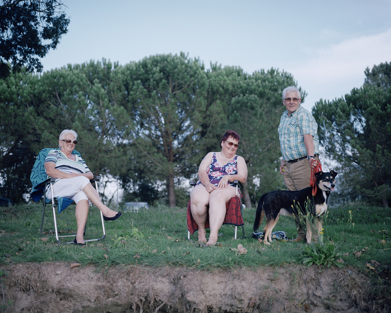 Portugal, Vila Nova de Cerveira. German tourists on the Minho River, the natural border between Portugal and Spain.