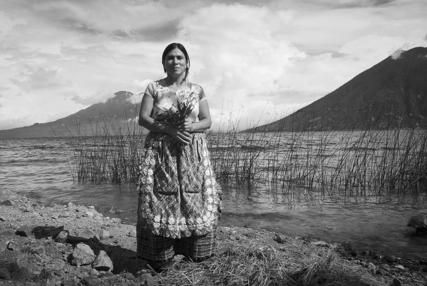 Art and Documentary Photography - Loading Pages_from_0122_Guatemalan_Healers_TEST_SPRD.jpg