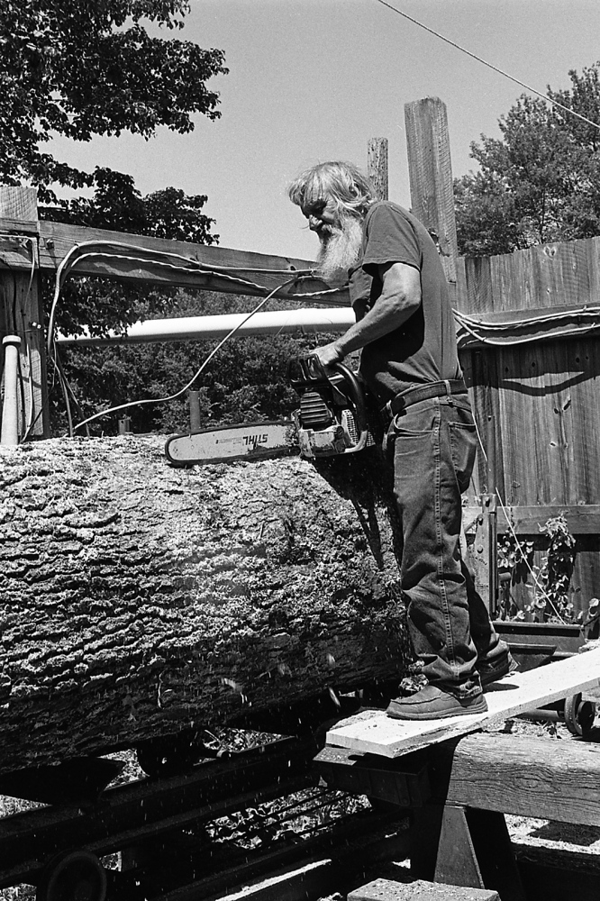 Art and Documentary Photography - Loading bob_congdon_sawing_oak-2_lymect_2016_20.jpg