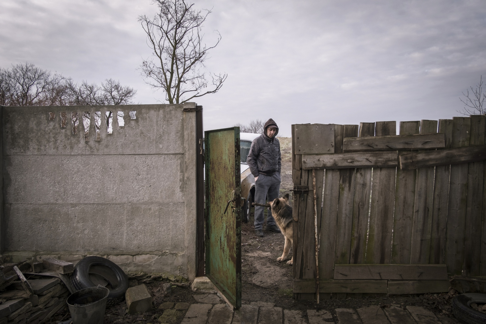 Art and Documentary Photography - Loading Donbass_stories_-_Evgeny02.jpg