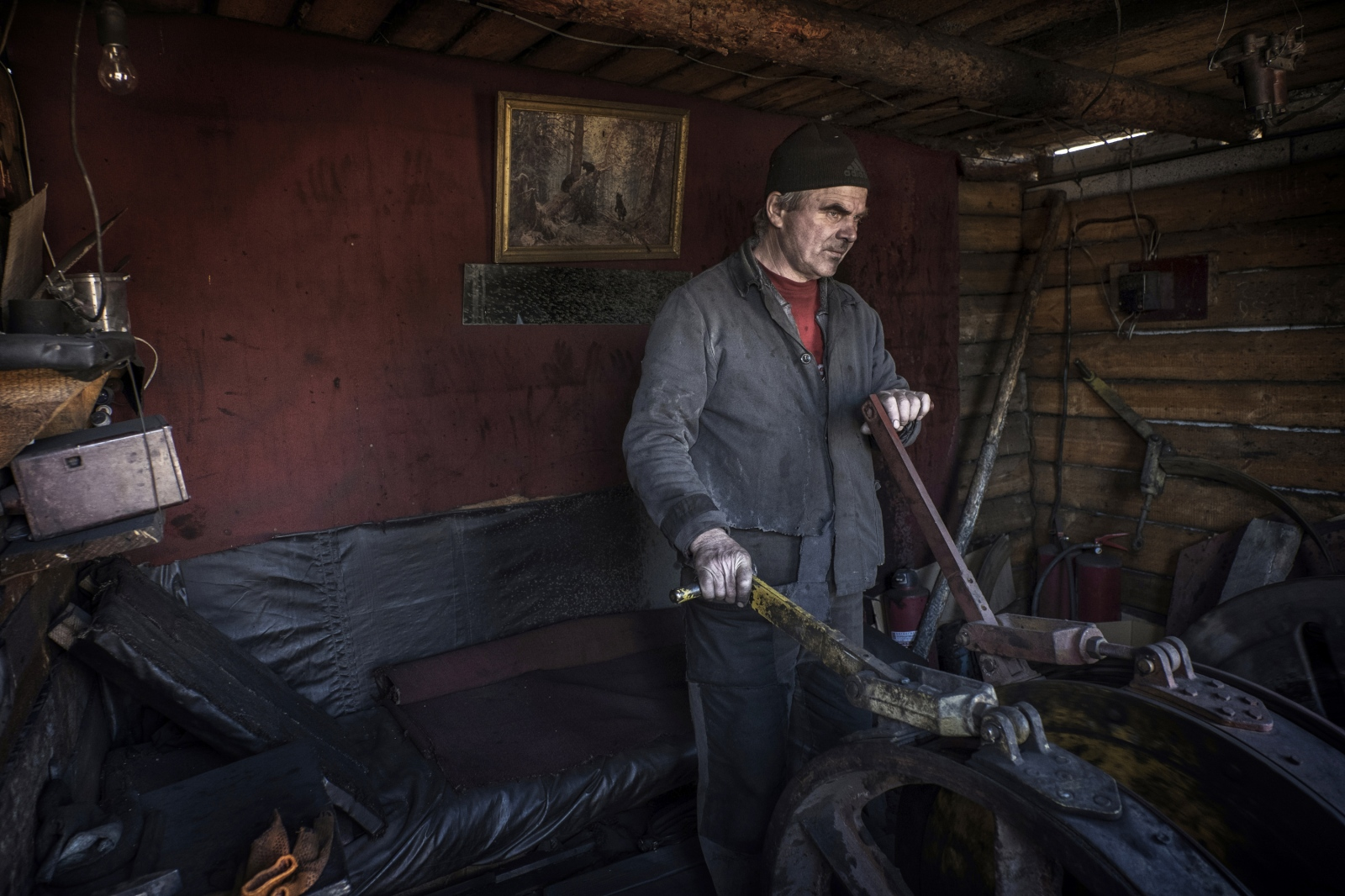 Art and Documentary Photography - Loading Donbass_stories_-_Evgeny17.jpg