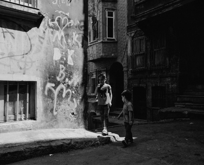 Art and Documentary Photography - Loading PascalVossen_UUU-2.jpg