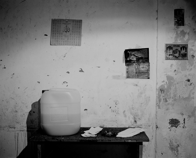 Art and Documentary Photography - Loading PascalVossen_UUU-11.jpg