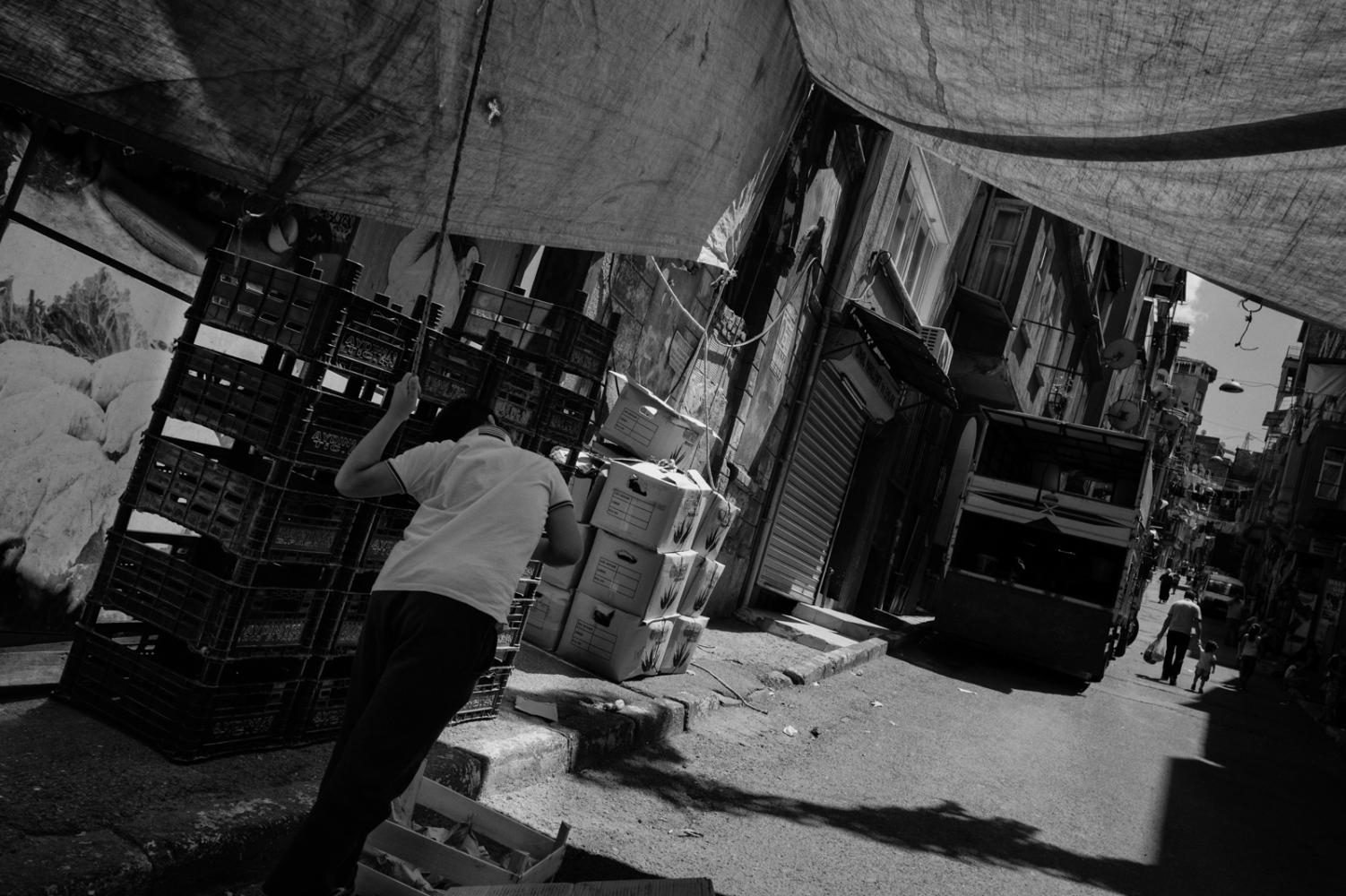Art and Documentary Photography - Loading PascalVossen_UUU-20.jpg
