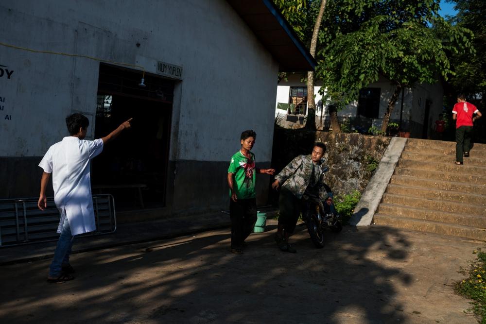 Photography image - Loading VS-Escalating-violence-Myanmar-03.JPG