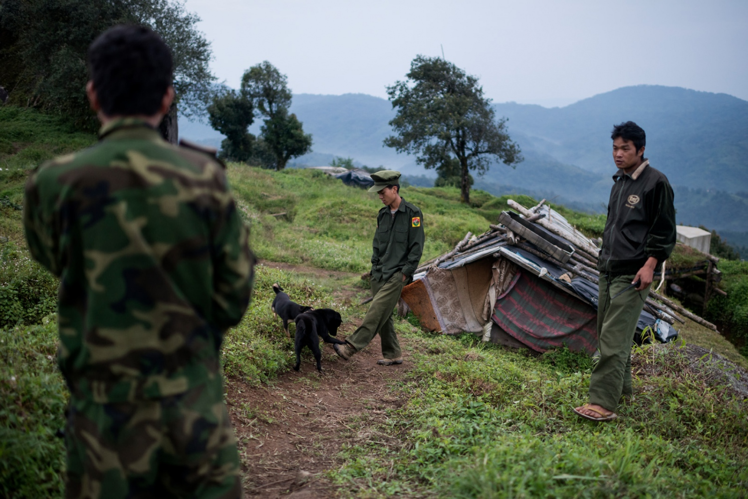 K.I.A. rebells at Lagat Bum, a frontline outpost near Mai Ja Yang in Kachin State, Myanmar.