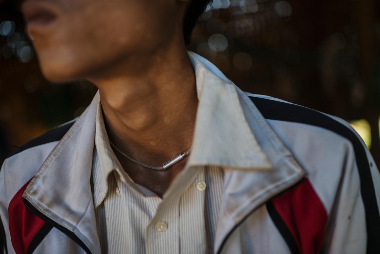 Art and Documentary Photography - Loading VS-Myanmar-drugs-11.JPG